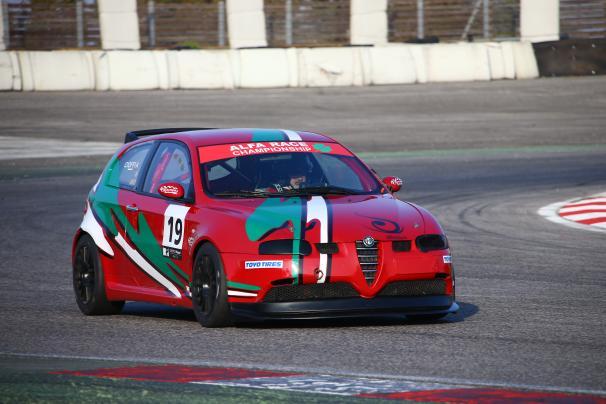 Sempre al via della sua Alfa Romeo 147